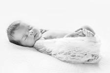 Photos de naissance à domicile Levallois perret