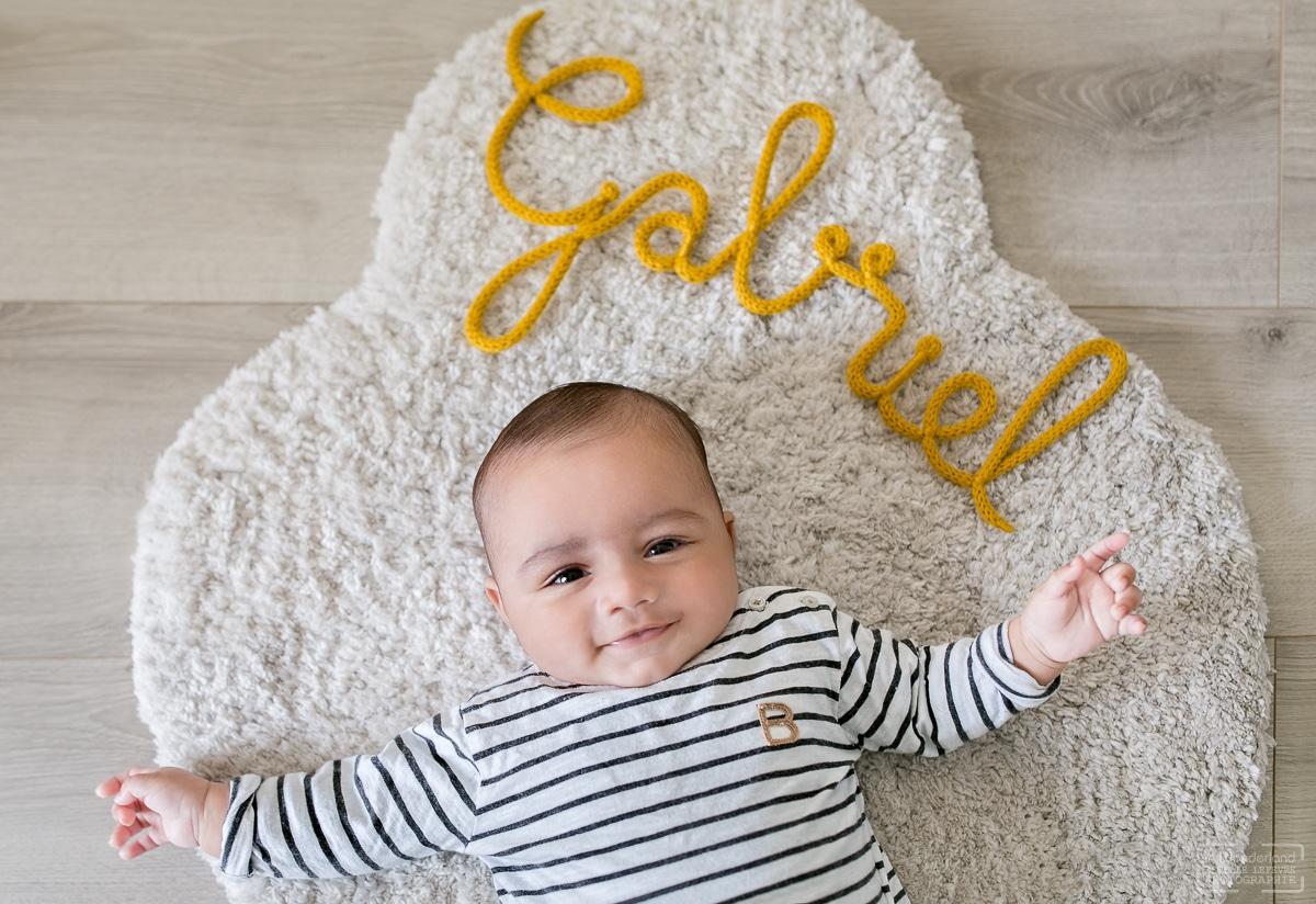 photos de bébé photographe à domicile Asnières sur seine