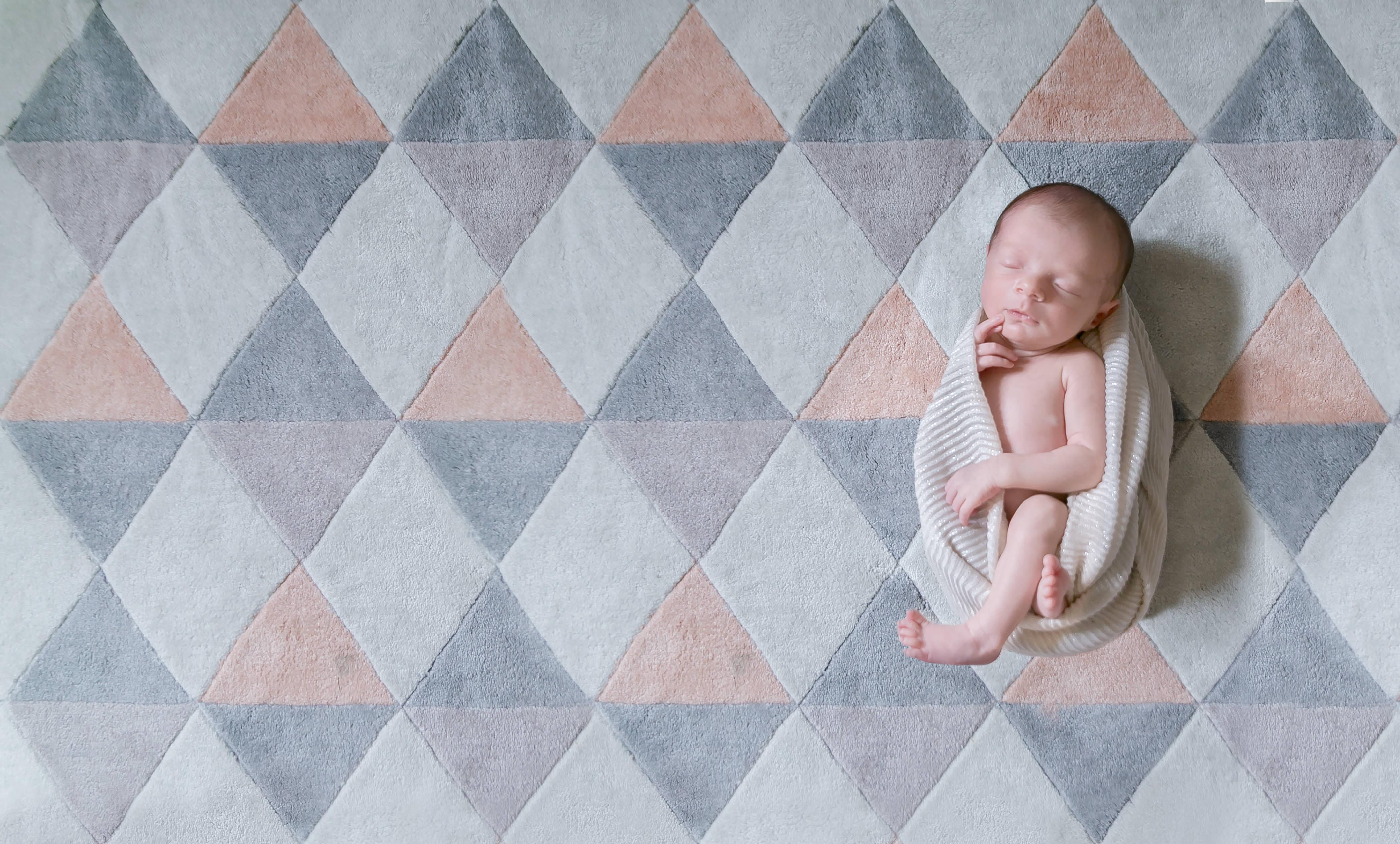 Séance photo de naissance photographe a domicile dans le Val d'oise