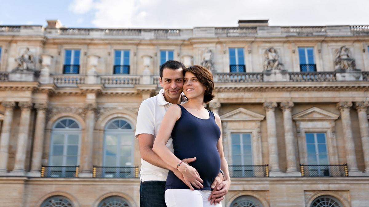 Seance photo de grossesse a domicile et originale a Asnieres et Bois-Colombes
