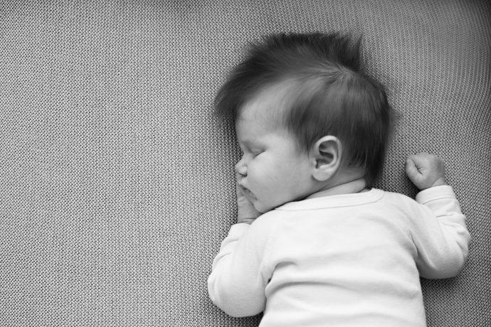 Photos de naissance photographe à domicile à Asnières sur Seine