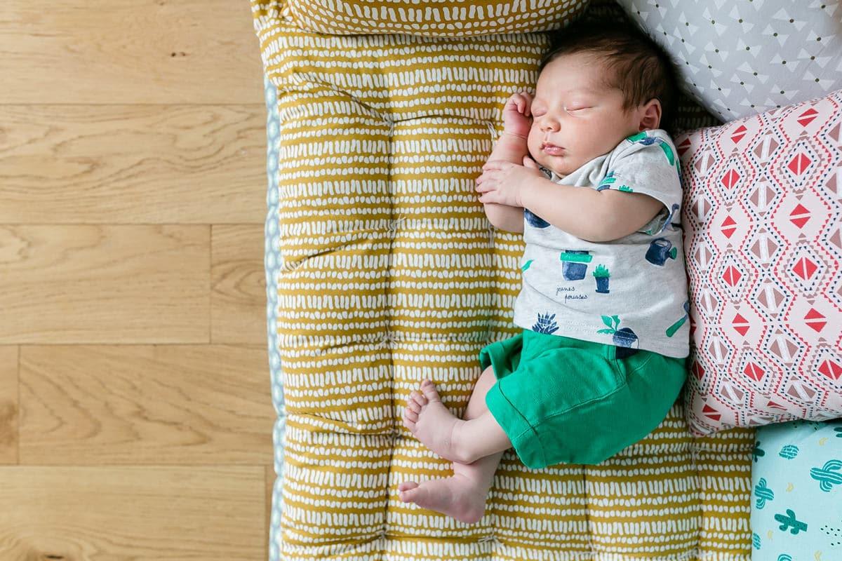 Photos de bébé à domicile photographe a Asnières sur Seine