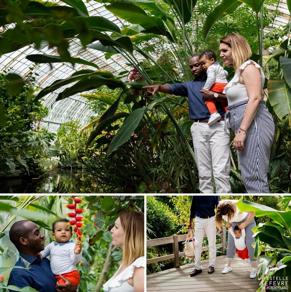 Photos en famille pour les premiers pas de bébé photographe à Bois Colombes